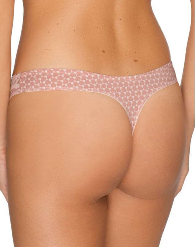String Prima Donna Twist Happiness ( PEACHY SKIN)