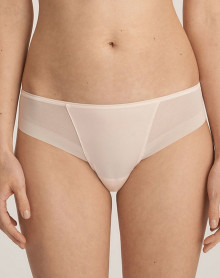 String Prima Donna Every Woman (Pink Blush)