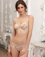 Dressing Floral by Lise Charmel is a collection all in elegance and finesse.